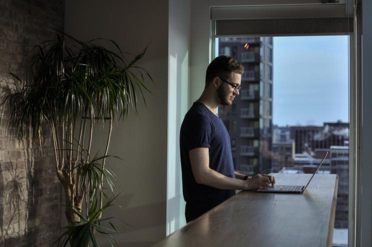 Teletrabalho: posso continuar a trabalhar a partir de casa ou sou obrigado a ir para a empresa?