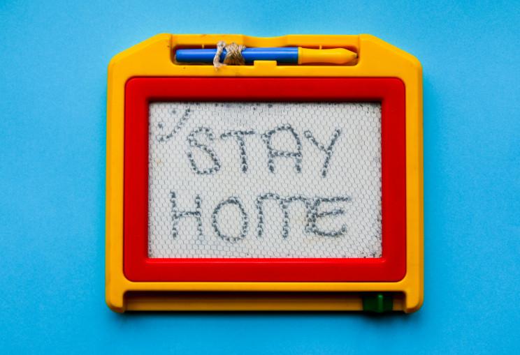 Covid-19: quem está em casa em isolamento profilático e não pode teletrabalhar é pago a 100%?