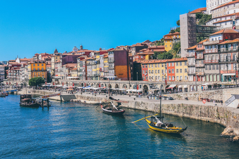 Que poupanças é preciso ter para comprar uma casa em Portugal? (dados por capital de distrito)