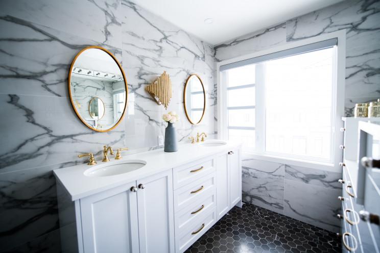 Como decorar casas de banho vintage