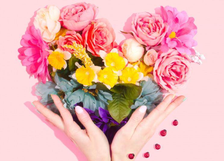 Dicas para ter a mesa perfeita no São Valentim (e celebrar o amor dentro de casa)
